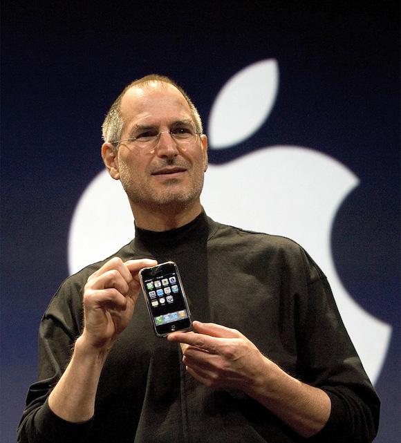 Apple 初代iPhone スティーブ・ジョブズ氏