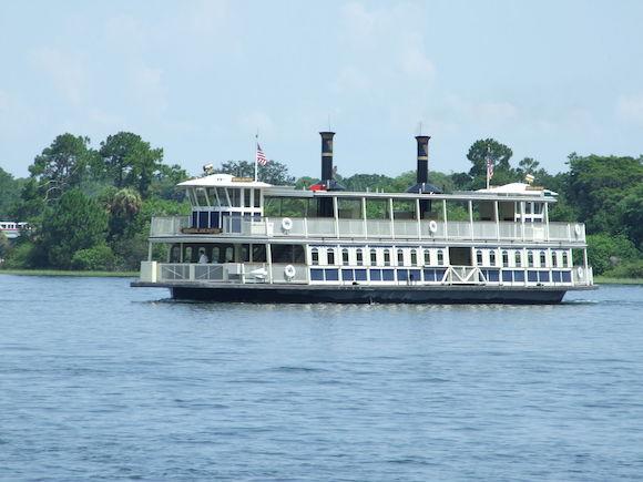 Seven Seas Lagoon / Wikipedia