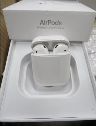 Counterfeit Airpods