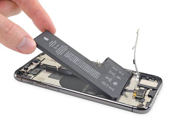 iFixit iPhone11 Pro バッテリー交換