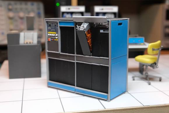IBM 1401 miniature_010