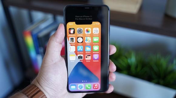 iPhone12 画面サイズ MacRumors