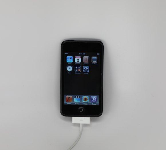 iPod Touch 1st gen 02