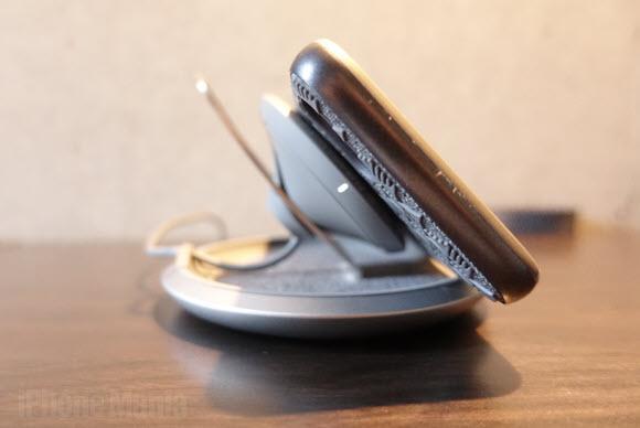 +logo moshi wireless charger 01 (7)
