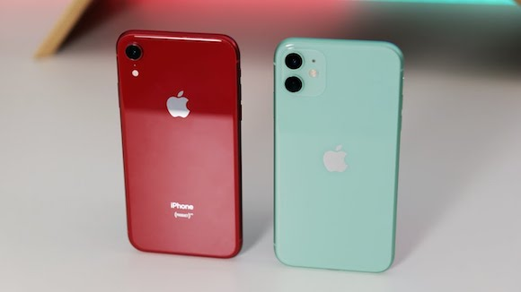 iPhone XR and iPhone11