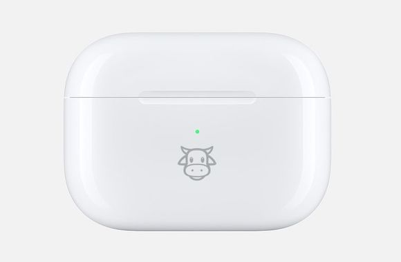 Apple AirPods Pro 「牛」刻印